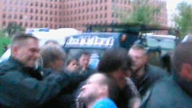 Demonstration 12. 9. 09; aus Spiegel.online